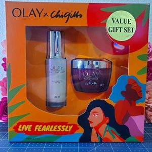 NEW Olay x chi gibbs gift set!!